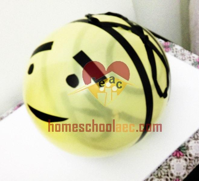 balloon bee craft