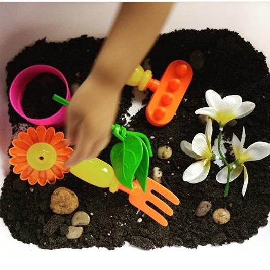 garden sensory activities