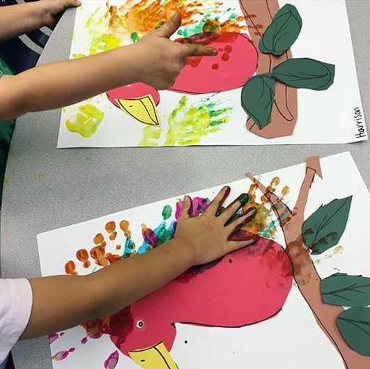 kids handprint art idea