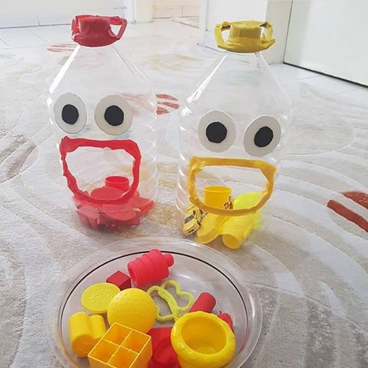 Plastic bottle color matching activity