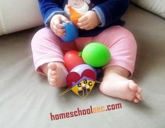 montessori sensory balloons play